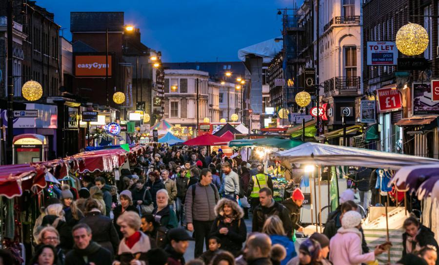 North End Road Londres, le marché des bonnes affaires