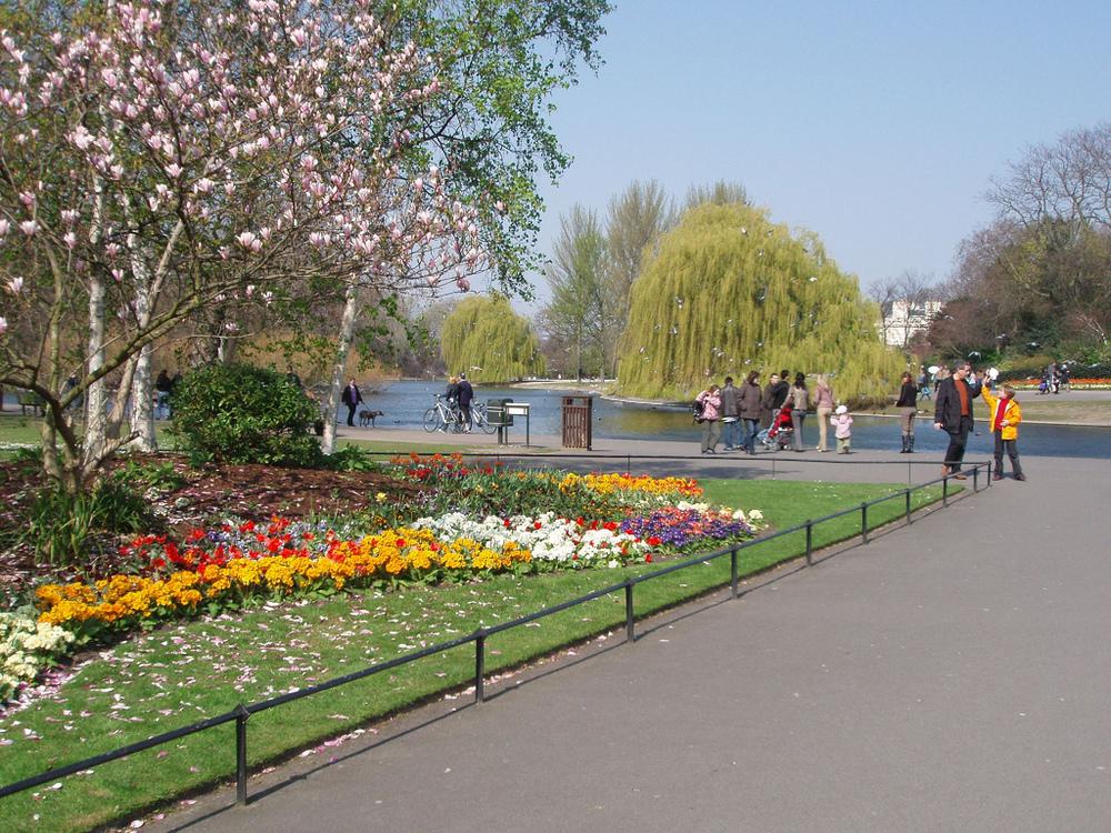 Regent's Park est l'endroit idéal pour faire son jogging ou tout type de sport entre amis ou seul.
