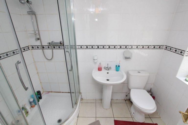 Salle de bain Leyton en colocation