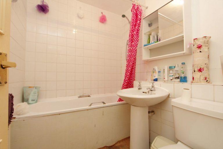 Salle de bain à Victoria Park 2