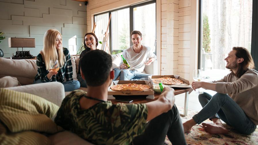 coloc - jeunes - pizza