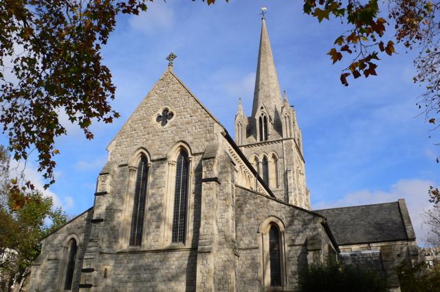 Vivre à Notting Hill : image de l'église St John